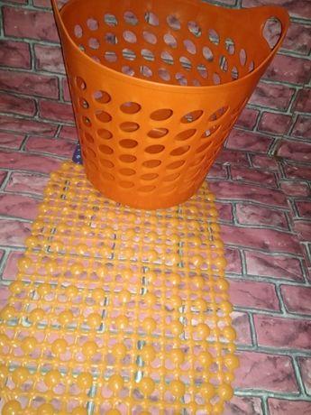 набор силиконовый для ванной корзина для белья и коврик присоска