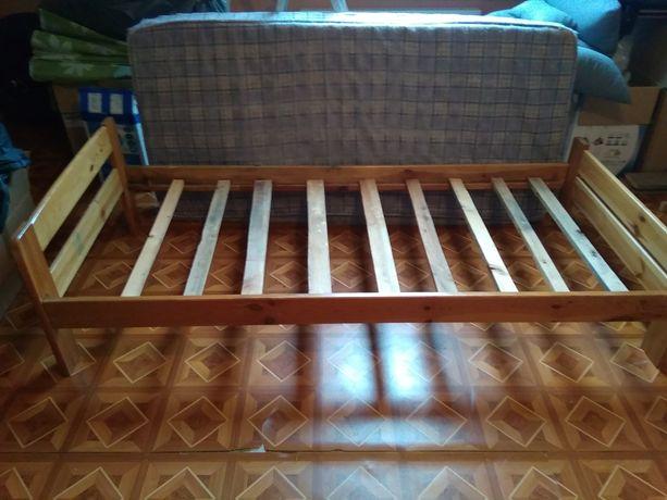 Łóżko drewniane 200 x 90