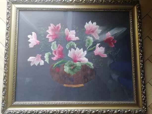 Obraz ręcznie haftowany.