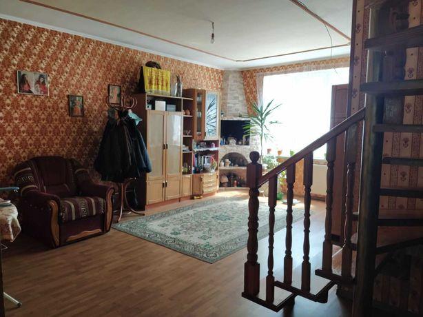 Дім Брюховичі, 156.4 м2 ('+' 43 тех), житловий стан, 5 кінат, власник.