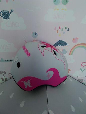 Продам шлем для девочки