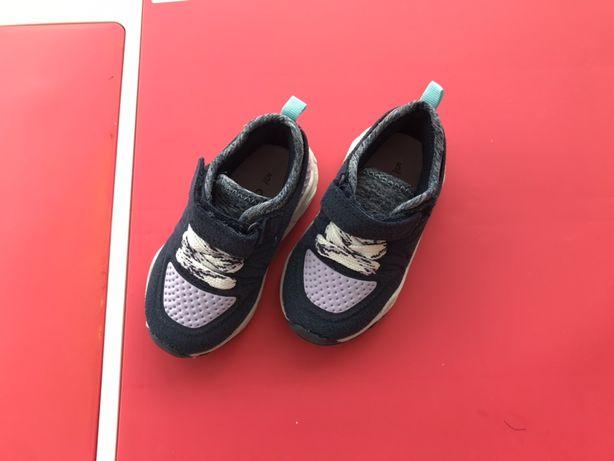 Ботиночки, демісезонні черевики кросівки carters кроссовки