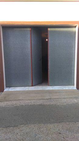 Portão garagem semi NOVO