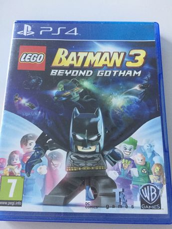 Batman 3 Beyond Gotham PS4