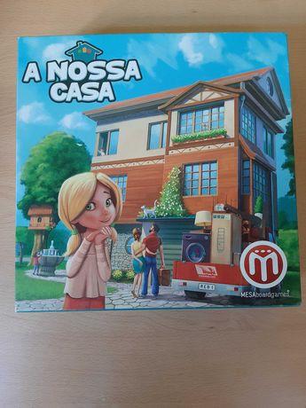 """Jogo de tabuleiro """"A Nossa Casa"""""""