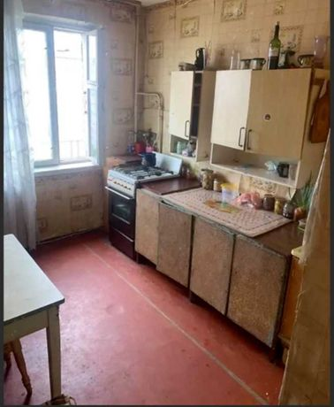 Продається 3 кімнатна квартира на Слов'янці