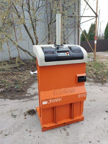 Belownica prasa do foli makulatury odpadów sklepu śmieci Orwak 3110