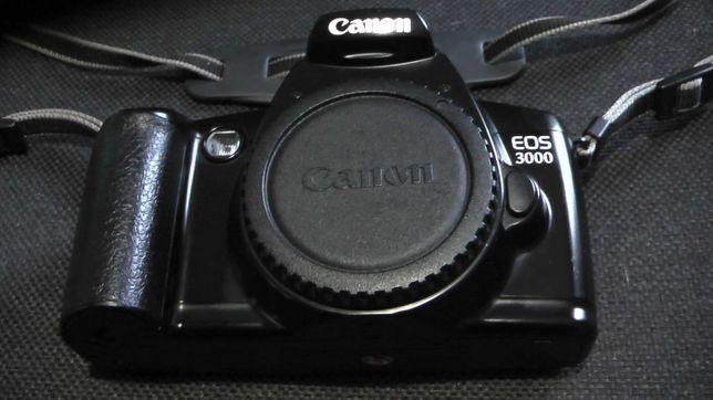 Фотоаппарат Canon EOS 3000
