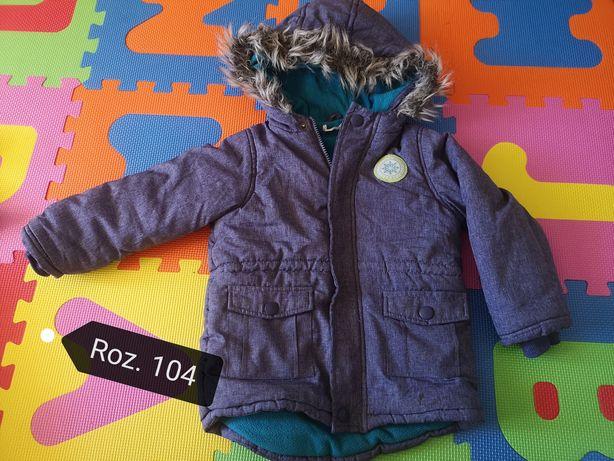 Ubranka dla chłopca 104