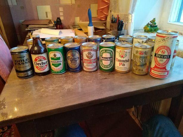 Коллекция банок импортного пива времен СССР
