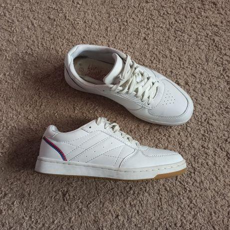 Кроссовки Memphis 41 р белые білі 26 см кросівки