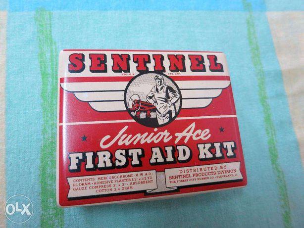 Caixa de Primeiro Socorros SENTINEL(intacta) - Para Colecionadores