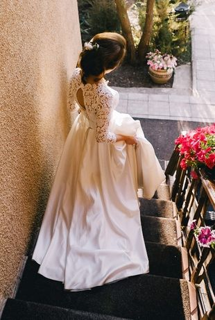 Срочно! Красивое и удобное свадебное платье на 44-46 размер! Торг