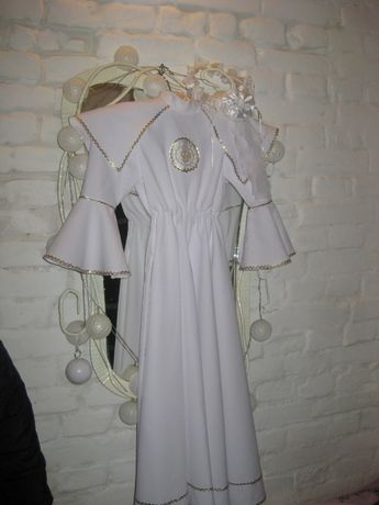 ALBA komunijna sukienka wianek wianuszek