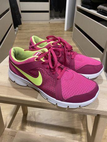Nike de Desporto Mulher