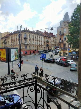 Продаж 3-кімнатна вулиця Івана Франка