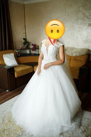 Продам весільну сукню з Італії