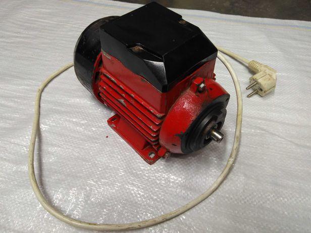 Электро Мотор Большой 220 В ссср