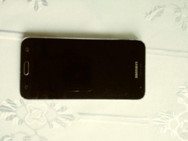 Smartfon SamsungJ3