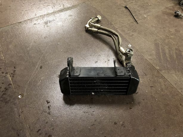 Ducati Hypermotard 939 chłodnica oleju