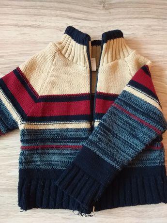 Sweterek chłopięcy na 80