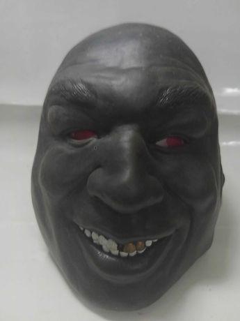 продам резиновую маску Тайсона.