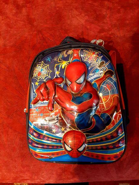 Рюкзак школьный спайдермен