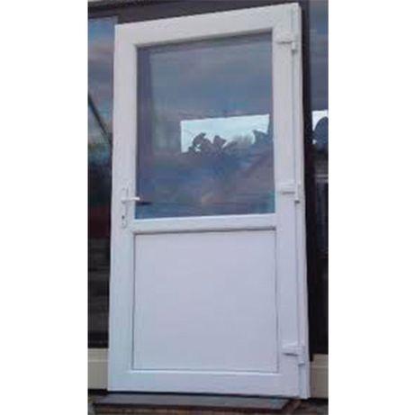zewnętrzne drzwi PCV Sklepowe Nowe 110x210 BIAŁE