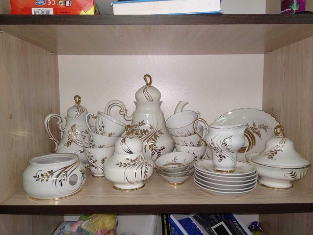Коростенський порцеляновий чайний сервіз на 6 персон.