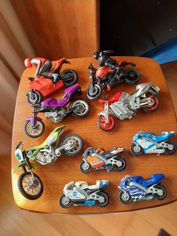 9 Motas/motos em ótimo estado