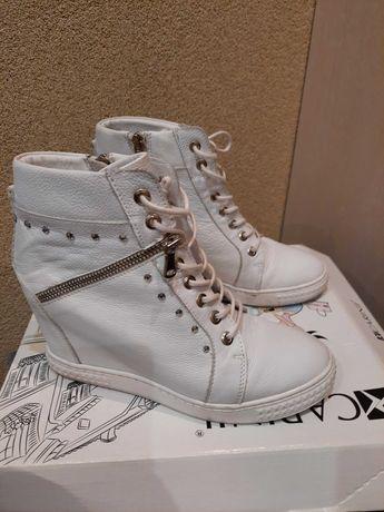 Buty skórzane Carini