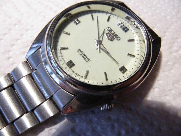 Часы SEIKO, новые, кварцевые, мужские