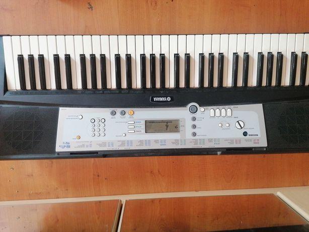 Keyboard ypt-200