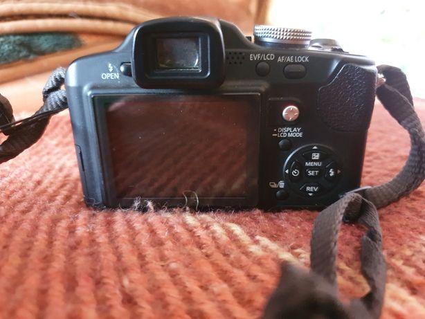 Продам фотоаппарат Panasonic DMC-FZ18