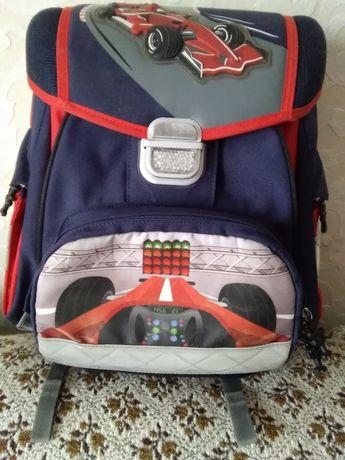 Рюкзак школьный с ортопедической спинкой.Б/У,  Германия.