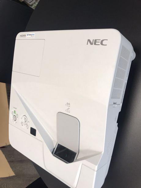 Projetor NEC UM330X