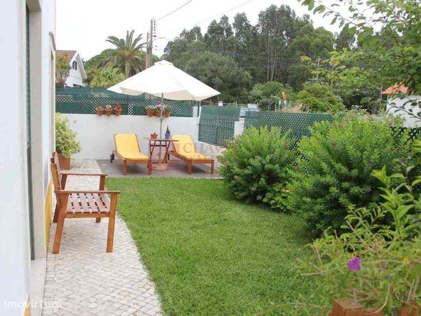 Moradia t4 com grande jardim e barbecue - Outeirinho