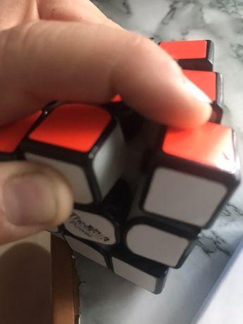 Продам кубик рубіка The walk 3 power