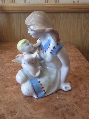 Мать с ребенком фарфор ссср