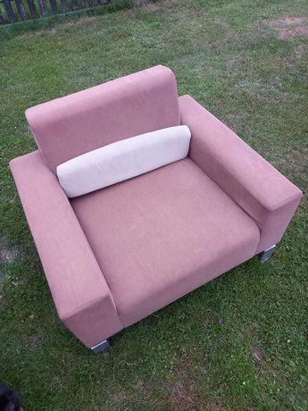 Sprzedam dwa fotele stan idealny / cena za dwa