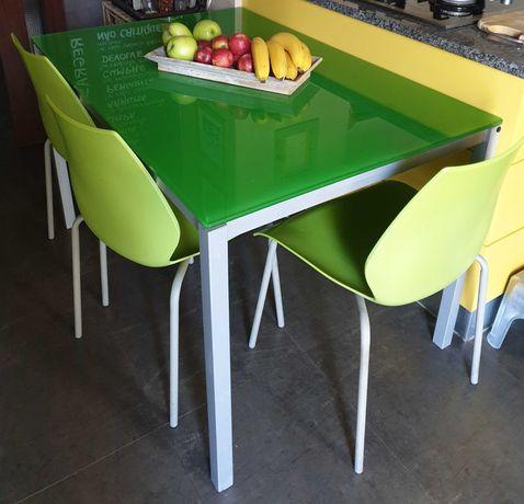 Mesa de cozinha de Qualidade c/cadeiras