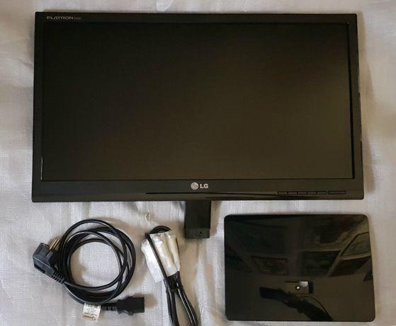 Широкоформатный Full HD монитор LG 2241