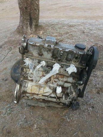 Двигун мотор двигатель c20ne 2.0 8v бензин на Опель Вектра а омега а