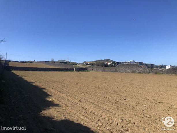 P.Delgada - Terreno urbano c/ 13220 m2