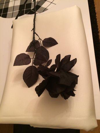 3,80 x 3,0 m nowy wysokogatunkowy obrus wanilia