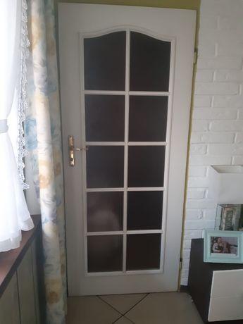 Sprzedam dwie pary drzwi szer 80.