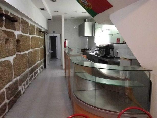 Arrendamento Café/Take Away Centro de Guimarães - sem trespasse