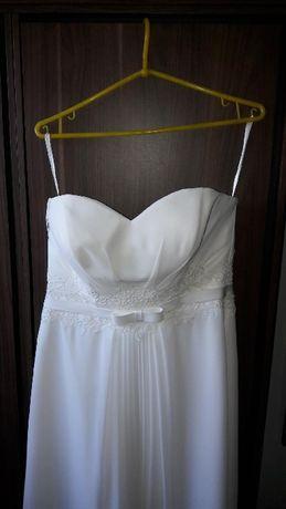 Suknia ślubna piękną, kolor kość słoniowa
