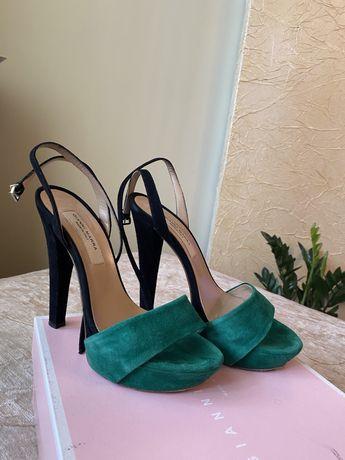 Итальянские замшевые босоножки Gianni Marra. 37 размер.