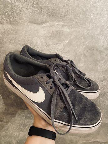 Nike Sb r 41